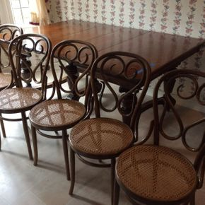 Lot 090 Lot of 6 Wood and Cane Chairs  ITEM CAN BE PICKED UP IN GARDEN CITY