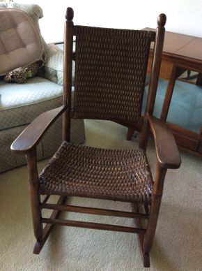 Lot 018 Vintage Kennedy Rocker   ITEM CAN BE PICKED UP IN LAWRENCE