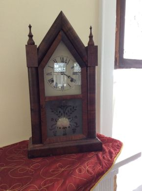Lot 026 Steeple Style Mantle Clock  ITEM CAN BE PICKED UP IN ROCKVILLE CENTRE