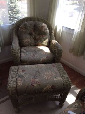 Lot 051 Wicker Chair and Ottoman EXCELLENT CONDITION ITEM CAN BE PICKED UP IN ROCKVILLE CENTRE