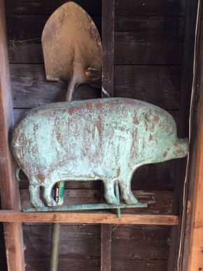 Lot 063 Decorative Aluminum Pig  ITEM CAN BE PICKED UP IN ROCKVILLE CENTRE