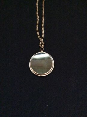 Lot 002 14K Gold Necklace With Jade and 10K Gold Pendant  ITEM CAN BE PICKED UP IN ROCKVILLE CENTRE