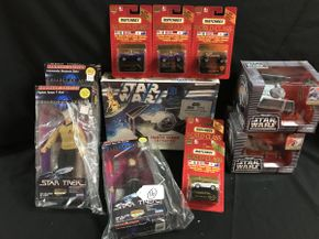 Lot 016 Matchbox World Class Cars, Star Trek LArge Action Figures and Model Kit