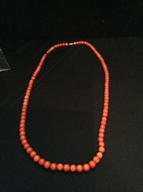 Lot 010 Vintage Coral Beads Dyed  ITEM CAN BE PICKED UP IN ROCKVILLE CENTRE