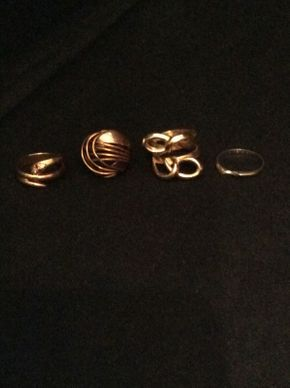 Lot 014 Lot of 4 Gold Rings  ITEM CAN BE PICKED UP IN ROCKVILLE CENTRE
