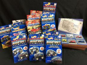 Lot 039 Hot Wheels, Johnny Lightning, Post Vehicles Of The World Cars