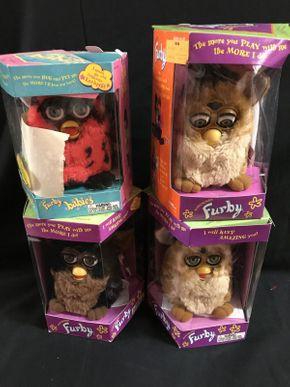 Lot 053 Lot Of Furbys
