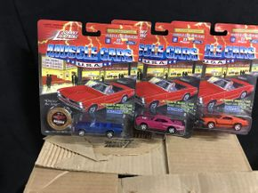 Lot 068 Johnny Lightning Muscle Cars