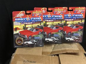 Lot 069 Johnny Lightning Muscle Cars