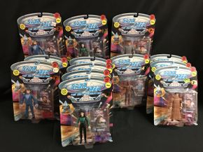 Lot 073 Star Trek Next Generation Figures