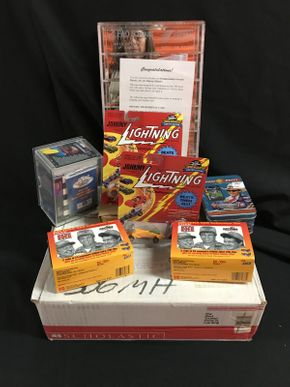 Lot 076 Johnny Lightning, Kodak And Nascar Cars