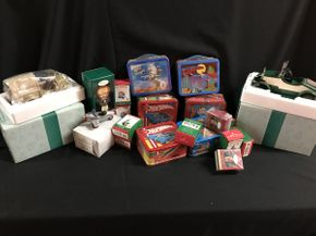 Lot 077 Lot Of 10 Lunch Boxes Vintage Hallmark Cars And Ornaments