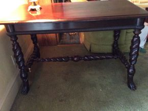 Lot 049 Mahogany Wood Library Table  ITEM CAN BE PICKED UP IN ROCKVILLE CENTRE
