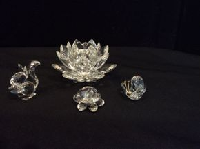Lot 011 Lot of 4 Swarovski Crystal Figures ITEM CAN BE PICKED UP IN GARDEN CITY
