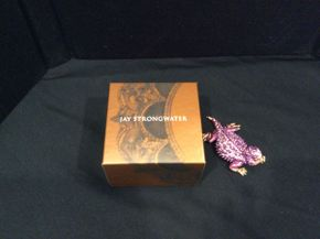 Lot 037 Jaystrong Water Lizard   ITEM CAN BE PICKED UP IN GARDEN CITY