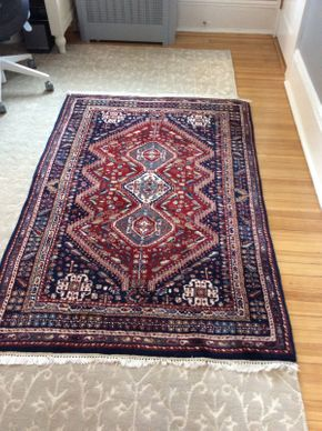 Lot 036 Handmade Rug ITEM CAN BE PICKED UP IN GARDEN CITY