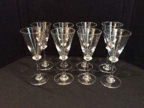 Lot 022 Lot of 8 Simon Pearce White Wine Glasses ITEM CAN BE PICKED UP IN GARDEN CITY