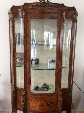 Lot 004 Burlewood and Glass curio case    ITEM CAN BE PICKED UP IN GREAT NECK