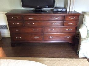 Lot 001 9 Drawer Dresser. 66Lx 20.5D x 35T