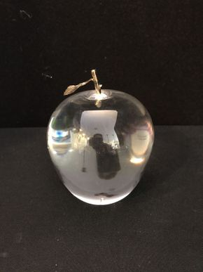 Lot 013 Cartier Apple with Gold Leaf Paperweight 6.5in