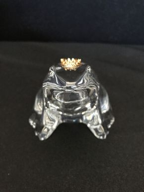 Lot 022 Bacarat Glass Bull Frog with Gold Crown 4x3