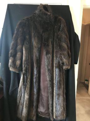 Lot 079 Brown Beaver Coat