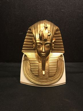 Lot 005 Lenox King Tut Mask