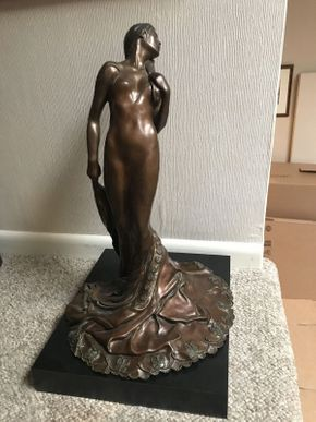 Lot 021 McCormick Bronze Figure 21x12