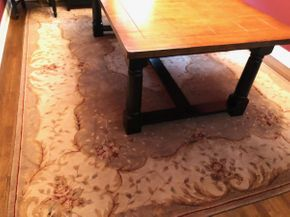 Lot 058 Hand Woven Rug PICK UP IN DIX HILLS