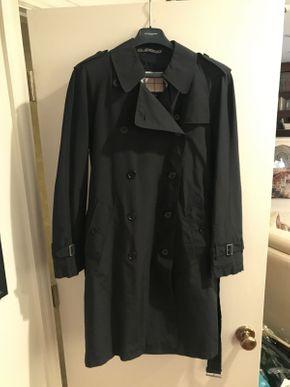 Lot 047 Womens Burberry Lined Raincoat Approx Siz M-L