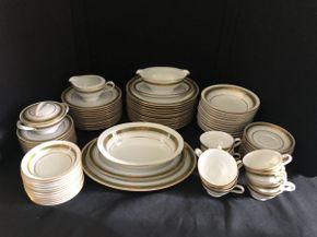 Lot 059 Lot Of Assorted Nortitake China Plates, Saucers, Tea Cups