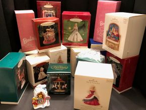 Lot 014 Lot of Assorted Hallmark Ornaments
