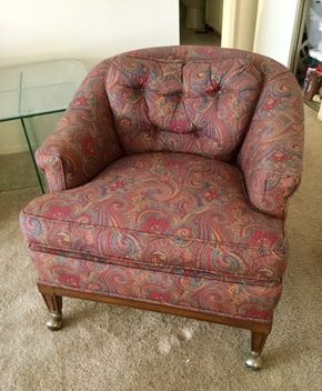 Lot 044 Upholstered Club Chair with Wheels  ITEM TO BE PICKED UP IN EAST NORWICH