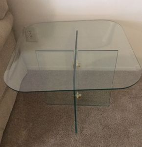 Lot 041 Glass End Table 27x27x20  ITEM TO BE PICKED UP IN EAST NORWICH