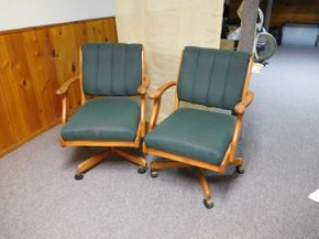 Lot 016 Pair of Green Fabric Rolling Arm Chairs, EACH 23x21x33 ITEMS CAN BE PICKED UP IN GARDEN CITY
