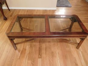 Lot 021 Chippendale Style Coffee Table 48x22 ITEMS CAN BE PICKED UP IN GARDEN CITY