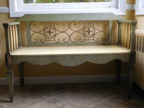 Lot 035 Decorative Indoor Bench 44x18 ITEMS CAN BE PICKED UP IN GARDEN CITY