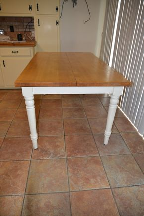 Lot 014 Wood Kitchen Table 30H x 36W x 60L PICK UP IN CATHEDRAL GARDENS HEMPSTEAD NY