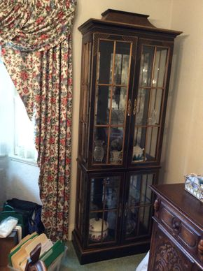 Lot 103 Asian Style Display Cabinet 76H x 13W x 27L PICK UP IN GARDEN CITY