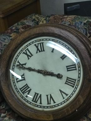 Lot 064 Electric Barrel Oak Wall Clock 22 Inches In Diameter 8 Inches Wide PICK UP IN ROCKVILLE CENTRE