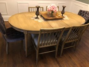 Lot 034   White and Co Dining Room Table