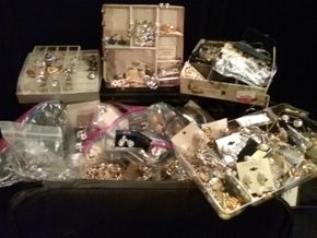 Lot 064 Large Lot of Costume Jewelry PICK UP IN N BABYLON