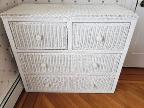 Lot 031 Delivery/Traditional 4 Drawer Wicker Dresser 32H x 37W x 16.5D PICK UP IN GARDEN CITY, NY