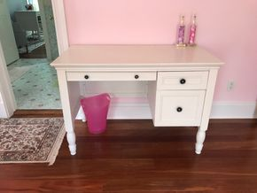 Lot 086 Pottery Barn Desk 30H x 23W x 44L PICK UP IN LAWRENCE
