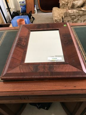 Lot 102 Antique Wood Mirror 28 x 22 PICK UP IN LAWRENCE