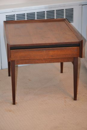 Lot 011 Mid Century End Table w/1 Drawer 20.375H x 22W x 26L PICK UP IN GLEN COVE, NY