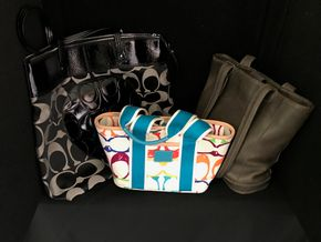 Lot 016 Lot Of 3 Coach Pocketbooks. PICK UP IN INWOOD.