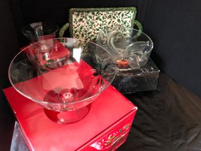 Lot 019 Lot of 4 Christmas items including Gorham, tuscany ITEMS MUST BE PICKED UP IN LONG BEACH