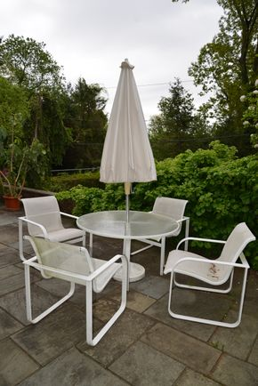 Lot 027 Pick Up 5 Pc. Outdoor Dining Set Round Glass Top Table 26.5H x 46.5W/ 4-Chairs  32H x 24.625 x25.5L /Umbrella  PICK UP IN PORT WASHINGTON, NY