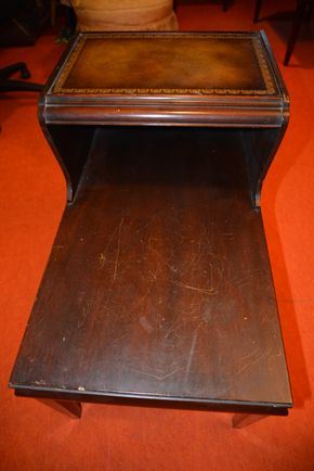 Lot 010 Vintage End Table 25.75H x 17.5W x 28.75L (Areas of Peeling, Scratches